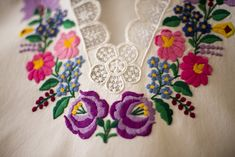 Hungarian Embroidery, Dots