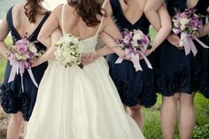 Great photo.. love to do something like that with sisters or my bridesmaids.
