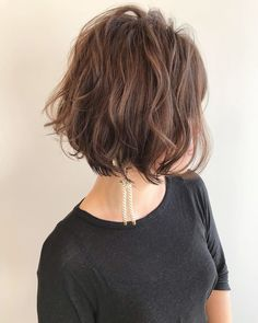 Japanese hairstyle design has always had its characteristics. So today we have collected 65 kinds of Japanese Messy short hairstyles idea. Let's look for amazing hair inspiration. Messy Short Hair, Medium Short Hair, Girl Short Hair, Short Hair Cuts, Cool Short Hairstyles, Top Hairstyles, Pretty Hairstyles, Bob Haircuts For Women, Short Bob Haircuts