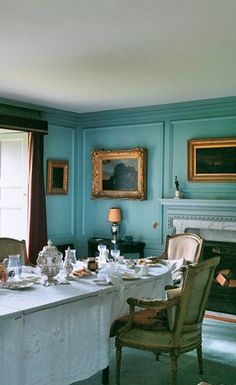 the color of these walls is amazing & the picture molding too! Love this color with golds, antiques, etc....