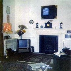 Gissela — A look inside Cavendish (Paul's house) in Paul Mccartney House, Paul And Linda Mccartney, Lennon And Mccartney, Punk Boy, Jane Asher, The Beatles, Photographs, Photos, Bugs