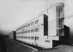 The most important influence on Bauhaus was modernism, a cultural movement whose origins lay as far back as the 1880s, and which had already made its presence felt in Germany before the World War, despite the prevailing conservatism.