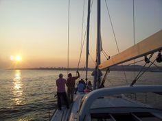 Um dos Sonhos de navegar com este magnifico veleiro de Luxo  dreamboats@dreamboats.com.pt