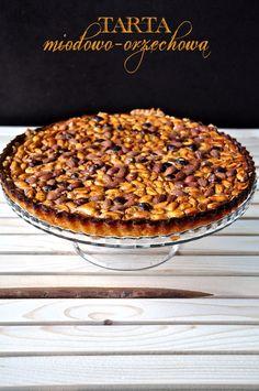 Dawno nie było niczego na słodko, dlatego dzisiaj przychodzę do Was z podwójną porcją słodkości i kalorii :) Przepis zaczerpnięty po raz kolejny z kuchennego kalendarza-zdzieraka, o którym wspomina...
