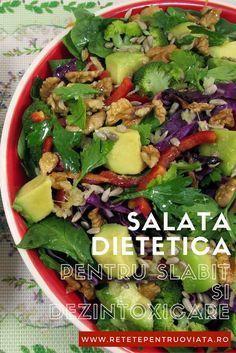 O salata dietetica ideala pentru curele de slabire si de dezintoxicare, facuta din ingrediente cu un continut caloric mic, dar extraordinar de bogate in vitamine si minerale. Tasty Vegetarian Recipes, Healthy Salad Recipes, Healthy Breakfast Recipes, Cold Vegetable Salads, Healthy Nutrition, Healthy Eating, Light Recipes, Appetizer Recipes, Tapas