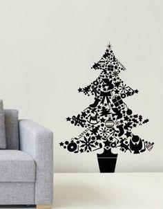 BE News | Life | 女子であることを思いっきり楽しめるプラットフォーム | BeautyExchange. Christmas  FunBeautiful Christmas TreesChristmas DecorationsTree Wall ... Part 79