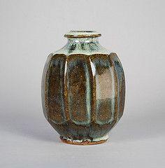 Mike Dodd Vase 2006 6''