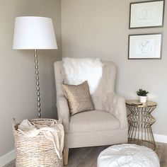 My favourite little corner in our house Bedroom Nook, Bedroom Corner, Bedroom Seating, Bedroom Decor, Bedroom Chair, Master Bedroom, Corner Reading Nooks, Cozy Corner, Reading Areas