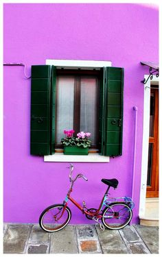 Vivid colors of Burano - Italy- I've neen to Venice a few times but I have always wanted to make it to Burano- it's so close!