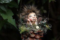 Pixie Mädchen Gitti handgemachte Dekoration Zapfenkind von chopoli