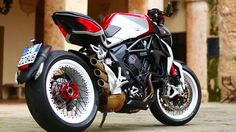 2015 #MV #Agusta Brutale 800 Dragster RR #italiandesign
