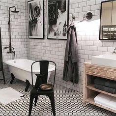 """357 Likes, 2 Comments - Johanna Ericsson (@industrial_living) on Instagram: """"~~Badrums inspo~~ Renovering av badrummet står på tur.. men när de vet man inte #~~Bathroom…"""""""