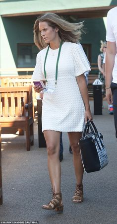 Kim Sears arrives in a Zara crochet dress at Andy's Wimbledon match Zara Dresses, Fashion Dresses, Kim Murray, Fashion Idol, Wimbledon, Casual Chic, Celebrity Style, White Dress, My Style