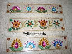 Border Rangoli Free Hand Rangoli Design, Rangoli Designs, Diwali Decorations, Bohemian Gypsy, Ganesha, Decorative Boxes, Ganesh, Home Decor Boxes, Gypsy Style