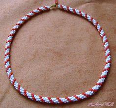 A M B R U S V A L I - 1. Zsűrizettek - Fehér - Piros gyöngyhurka nyaklánc