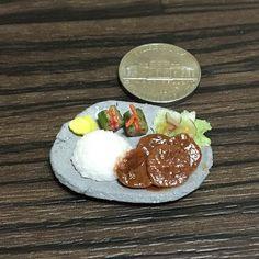 #牛タン #焼き肉 #オイキムチ #たくあん #ごはん  #oxtongue #yakiniku #cucumber #kimuchi #takuan #tsukemono #rice #platelunch  #handmade #claywork #miniature #fakefood
