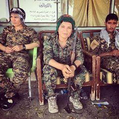 Heval Klara, the woman leading the liberation of Raqqah, the capital of the Daesh Caliphate #noflyzone4rojava #syrianwar #ypj #qsd