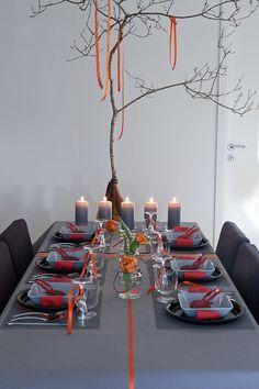 Inspiration till kräftskivan Table Settings, Table Decorations, Inspiration, Furniture, Home Decor, Biblical Inspiration, Decoration Home, Room Decor, Table Top Decorations