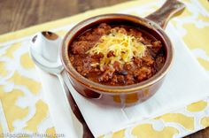 Guinness Beer Chili #superbowl #gameday #recipe Best Game Day foods. Game Day recipes. Football party recipes. #chili #food