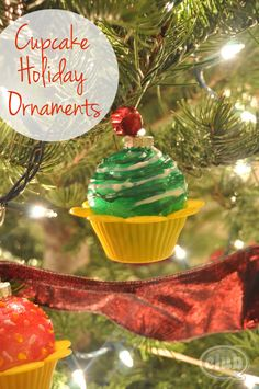 Cupcake Holiday Ornament Tutorial | Tween Craft Ideas for Mom and Daughter