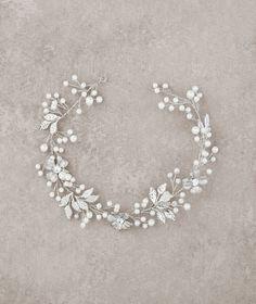 Diadème en vieil argent, strass et perles T9-2408 | Pronovias | Pronovias
