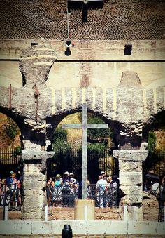 kings'seat inside colosseum