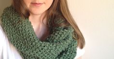 As promised, here is my free infinity scarf pattern for beginners! You too can knit something trendy and fun. I have been so excited to share this with you all and its finally here!