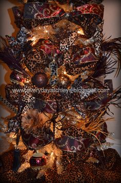 Everyday Atchleys: A Leopard Print Christmas Tree!