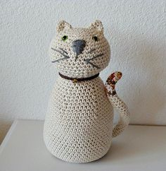 Crochet Cat Decor Door Stop - cute! I want to make one!