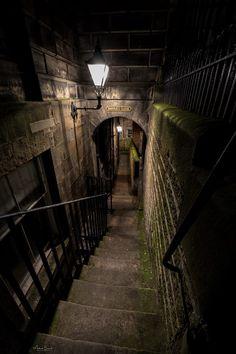 Barries Close in underground Old Edinburgh