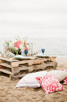 Pallets and Patterns for a Coral Beach Wedding | Ruth Eileen Photography | See More! http://heyweddinglady.com/chic-and-relaxed-tropical-hibiscus-wedding-inspiration/