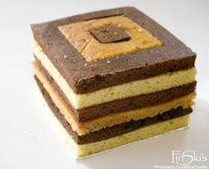 FinSkis Checkered Minecraft Cake
