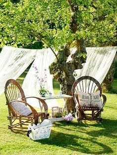 White sheets and a laundry line. Instant garden curtain.