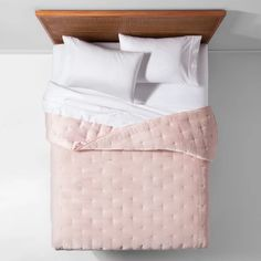 Opalhouse Pink Blush Velvet Tufted Stitch Quilt Size Twin / Twin XL New Bohemian Twin Xl, Linen Bedding, Bedding Sets, Bed Linens, Bedding Decor, Extra Long, Grey Bedroom With Pop Of Color, Blush, Velour Fabric