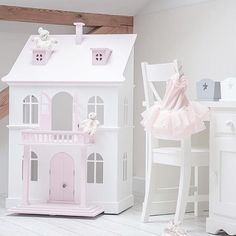 Every Little girls room have to have a doll house period. #nurserydecor #ptbaby