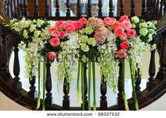 #wedding #centerpieces #hangingflorals #floralarrangements #amazingflowers #party #parties #event #events #specialevents #amazingevents #elegantevents By Party Round Green Call Danilo +39 335 6815268