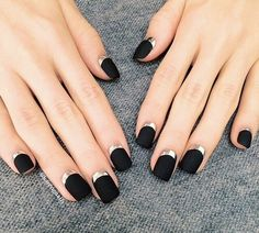 black with a touch of sparkling silver at the bottom♥