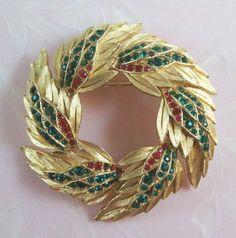 Vintage CROWN TRIFARI Christmas Wreath Brooch - Red and Green Rhinestones