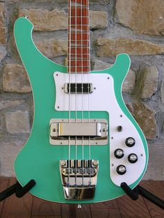 Ooooh...Rickenbacker!  And the colour reminds me of pistachio ice cream. What's not to like?