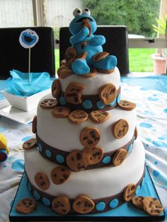 Cookie monster 3 tiered cake