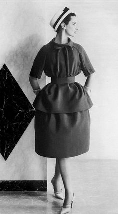 1959 Betsy Pickering in two-piece dress by Nina Ricci, photo by Henry Clarke