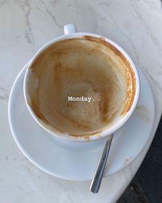 Creative Instagram Stories, Instagram Story Ideas, Coffee Love, Coffee Shop, Feed Insta, Insta Photo Ideas, Coffee Photography, Aesthetic Food, Aesthetic Coffee