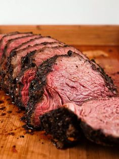 Sirloin Tip Roast This simple recipe will give you a juicy and flavourful roast everytime. - sirloin tip roast. this is the best recipe I've tried. Beef Steak Recipes, Beef Recipes For Dinner, Roast Recipes, Crockpot Recipes, Crockpot Meat, Sirloin Recipes, Beef Meals, Game Recipes, Crock Pot Beef