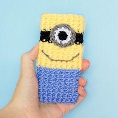 Minion Inspired Phone Case Crochet Pattern via Hopeful Honey . Now I need to learn to crotchet...