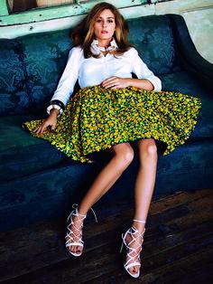 Olivia Palermo im Fashion-Shooting mit ELLE Germany. Dress: Michael Kors a-line skirt.