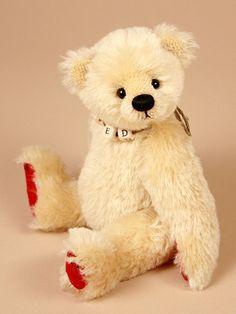 Tiddly Ted  Created by Paula Carter  www.allbear.co.uk    #teddy #bear #teddybear #bears    Bearing All