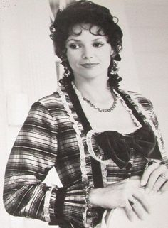 Joanne Whalley as Scarlett O'Hara in the miniseries Scarlett 1994