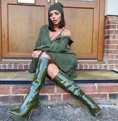Little Mix Jessie, Little Mix Girls, Litte Mix, Taylor Swift Hair, Leder Boots, Green Boots, Sexy Boots, Barbell, Celebrity Style