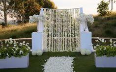 unique alter for wedding | DIY Wedding - DIY Arch Floral Garland: The Beginning - FUTUREMRSWILSON ...