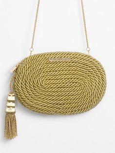 Handmade Handbags, Handmade Bags, My Bags, Purses And Bags, Macrame Bag, Boho Bags, Basket Bag, Fabric Bags, Crochet Purses